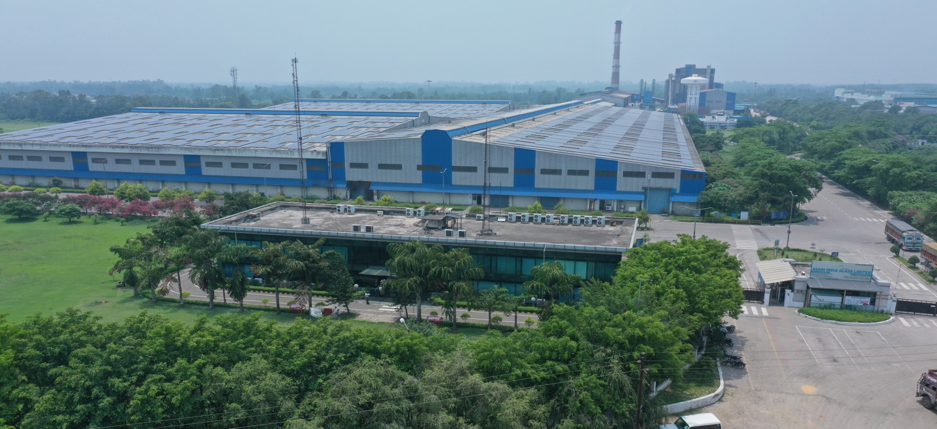 Roorkee Glass Plant